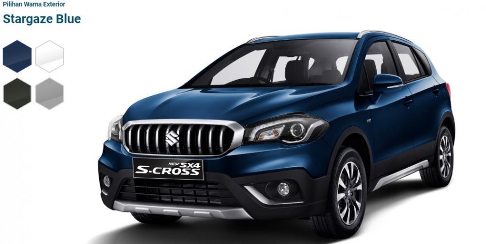 Gambar mobil Suzuki SX4 S-Cross 2018 berwarna biru dilihat dari sisi depan
