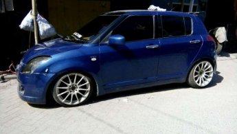 Jual Mobil  Suzuki Swift 2005