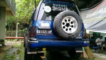 Jual Mobil Suzuki Escudo JLX 2000