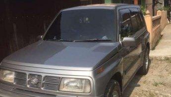 Jual Mobil Suzuki Escudo 2001