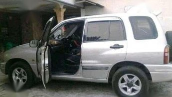 Jual Mobil  Suzuki Escudo JLX 2005