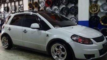 Suzuki SX4 X-Over 2012