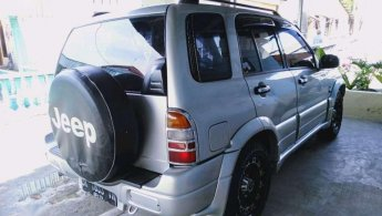 Jual Mobil Suzuki Escudo JLX 2002