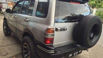 Jual Mobil Suzuki Escudo 2004