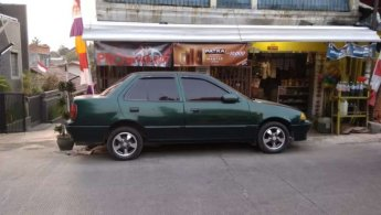 Suzuki Esteem 1.3 Sedan 1994