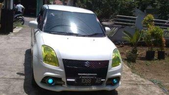 Jual mobil Suzuki Swift GT3 2011 terawat di Jawa Timur