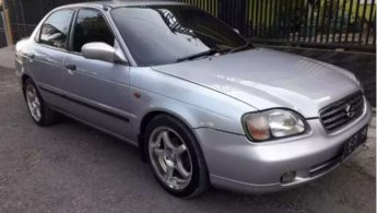 Suzuki Baleno 2002