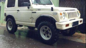 Jual mobil bekas murah Suzuki Katana 1.0 1992 di Jakarta D.K.I.