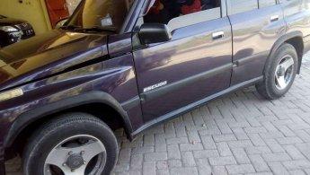 Jual Mobil Suzuki Escudo JLX 1996