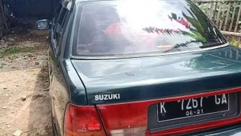 Jual Mobil Suzuki Esteem 1.3 Sedan 4dr NA 1991