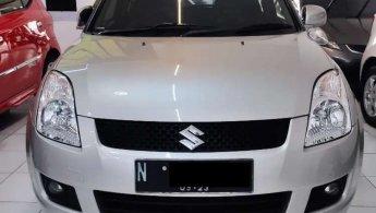 Jual Mobil Suzuki Swift ST 2010