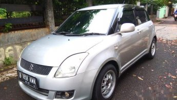 2006 Suzuki Swift GL Hatchback