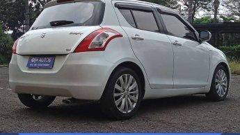[OLX Autos] Suzuki Swift 1.4 GX A/T 2012 Putih
