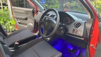 Suzuki swift ST matic 2010