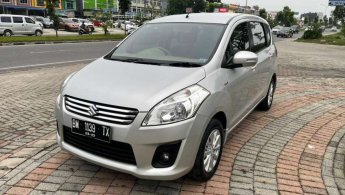 Ertiga GX 2013 Silver low KM