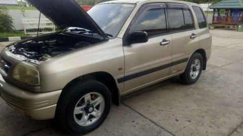 Suzuki Escudo JLX 2003