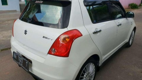 Suzuki Swift GT3 2010