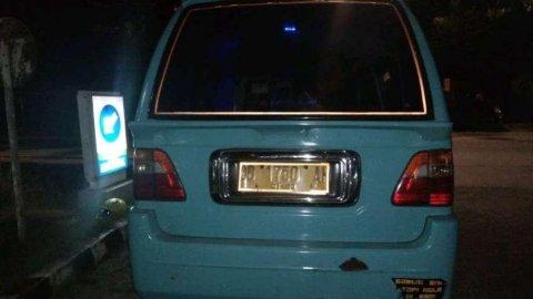 Suzuki Carry 2004