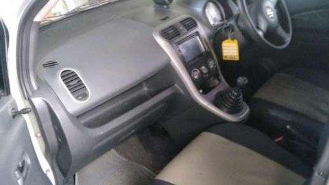 Suzuki Splash 2010 dijual