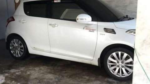 Suzuki Swift 2013 dijual