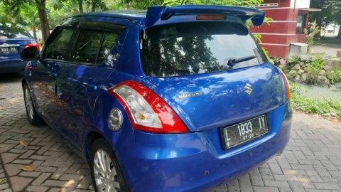 Jual Mobil Suzuki Swift GL 2012