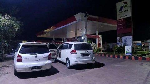 Bismillah Mau Jual Mobil Keluarga Suzuki Ertiga GX Matic Putih 2014